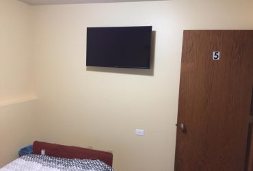 Room 5 - All rooms with TV